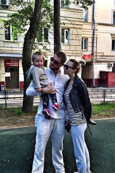 Элина Камирен будет судиться с Задойновым