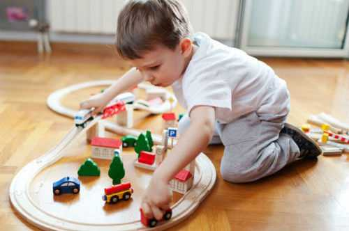 Зачем детям нужны игрушки