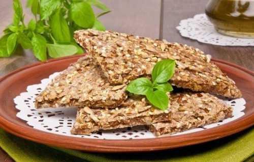 Хлебцы: калорийность, польза и вред, кому их