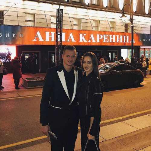 Дмитрий Тарасов написал, кого родит Анастасия Костенко