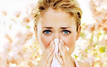 Как отличить простуду от аллергии у ребенка