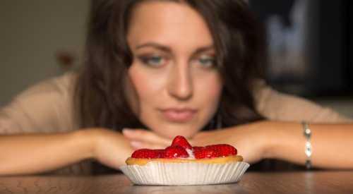 Фотографии еды помогают худеющим контролировать