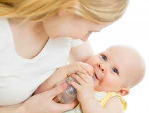Искусственное вскармливание новорожденного