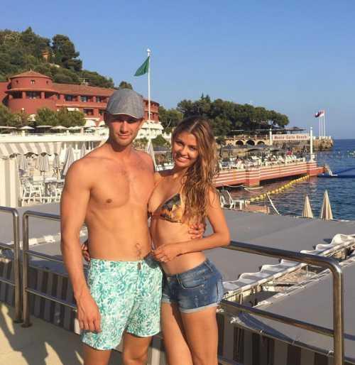 Вика Боня отметила пятилетие отношений с мужем