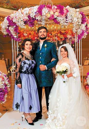 Роза Сябитова потратила на свадьбу дочери 15 миллионов