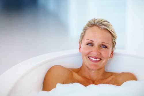 Однако некоторые опытные мамочки, которые на себе испытали трудности восстановительного периода, любезно поделились советами, как можно принимать душ после кесарева сечения
