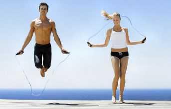 Для мужчин скипинг полезен мышечноукрепляющим и жиросжигающим действием
